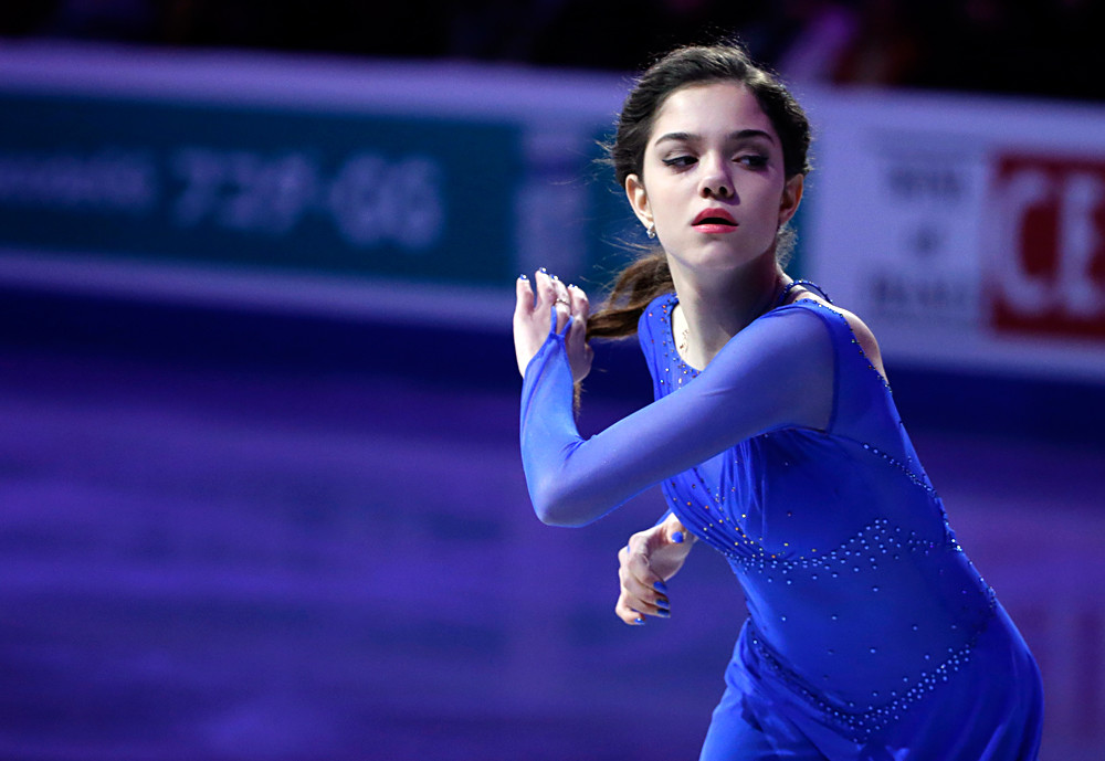 Jewgenija Medwedewa bei der Eiskunstlauf-Weltmeisterschaft 2016 in Boston