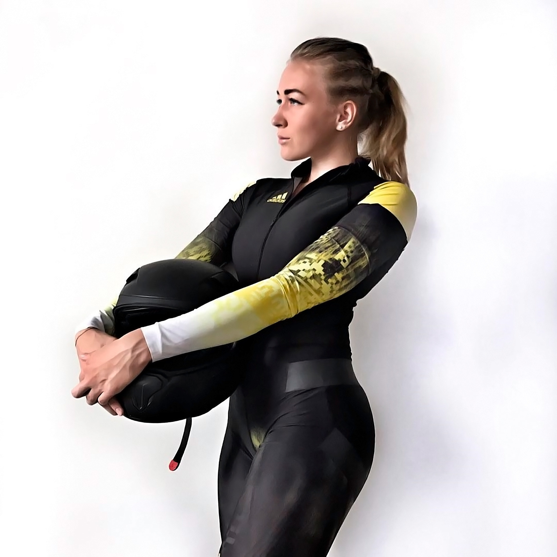 Yulia Belomestnykh, bobsleigh team