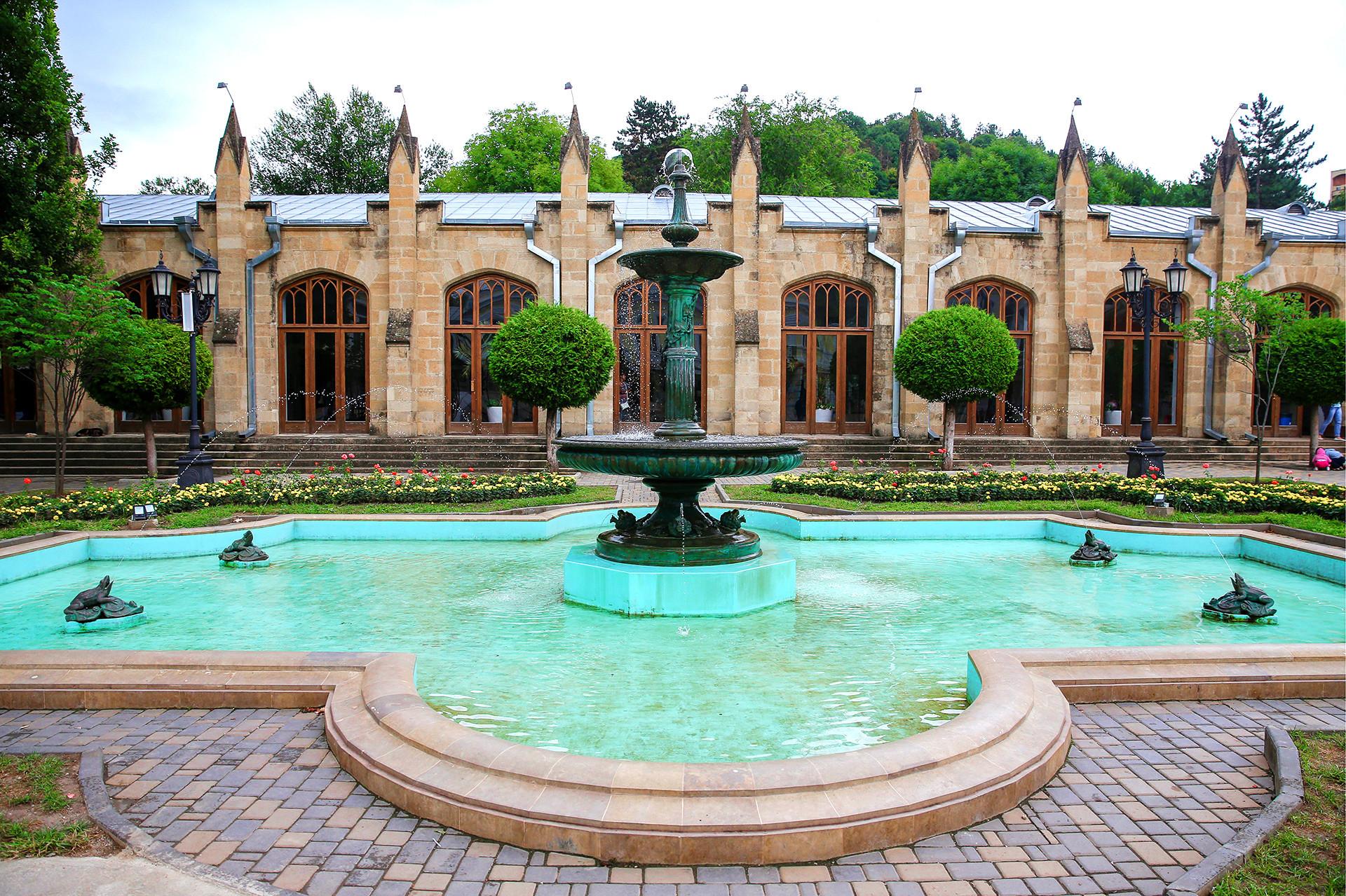 ナルザン温泉