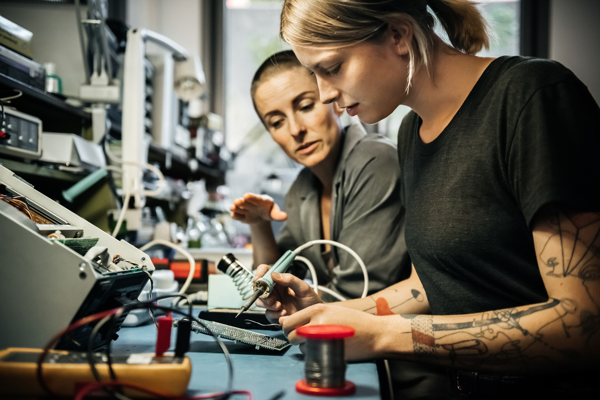 Menurut UNESCO, 41 persen para peneliti ilmiah di Rusia adalah perempuan.
