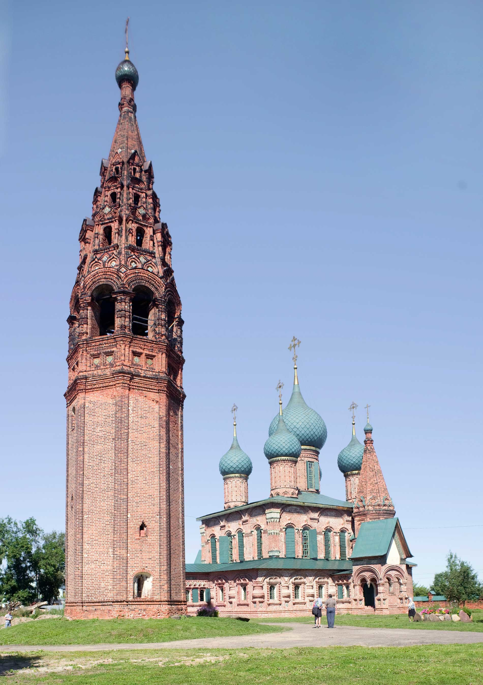 Korovniki ensemble. Bell tower with Church of St. John Chrysostome. Southwest view. August 15, 2017.