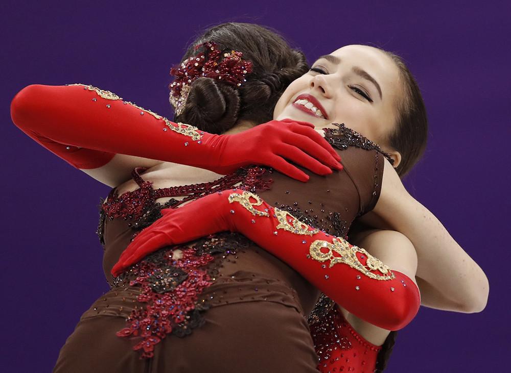 Evgenia Medvedeva et Alina Zagitova