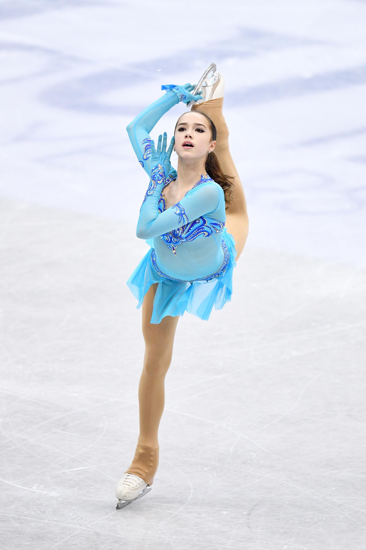 Bei den russischen Meisterschaften konnte Sagitowas drei Jahre ältere Kollegin und Freundin Jewgenija Medwedewa aufgrund einer ernsthaften OP nicht teilnehmen.