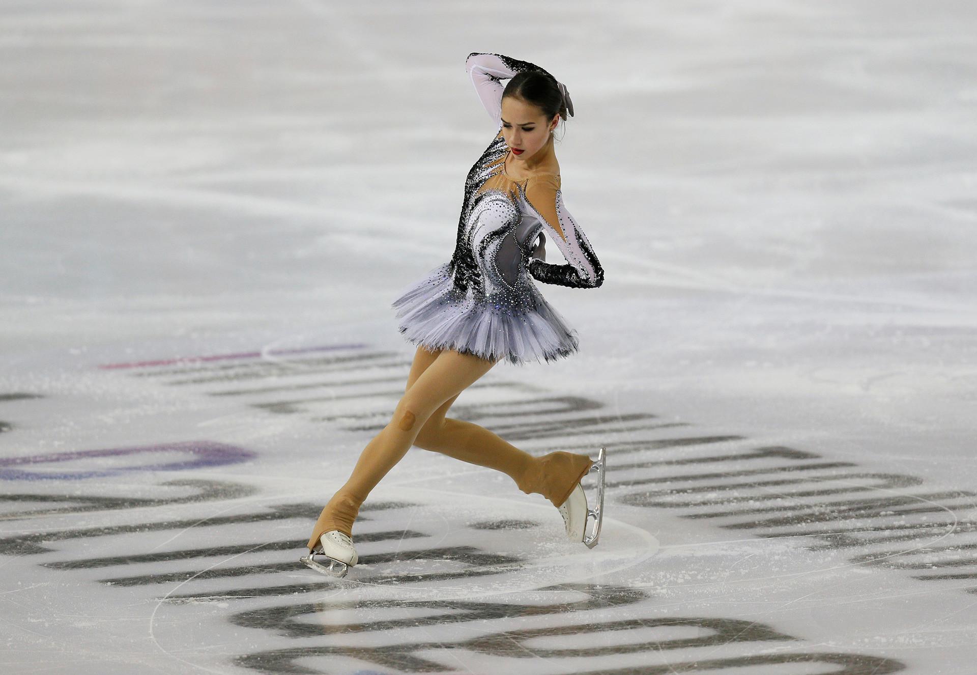 """""""Ich schaue nur auf mich und habe mich eigentlich auch noch nie mit jemand anderem verglichen"""", so Sagitowa. Nicht einmal mit Medwedewa, sagt sie."""