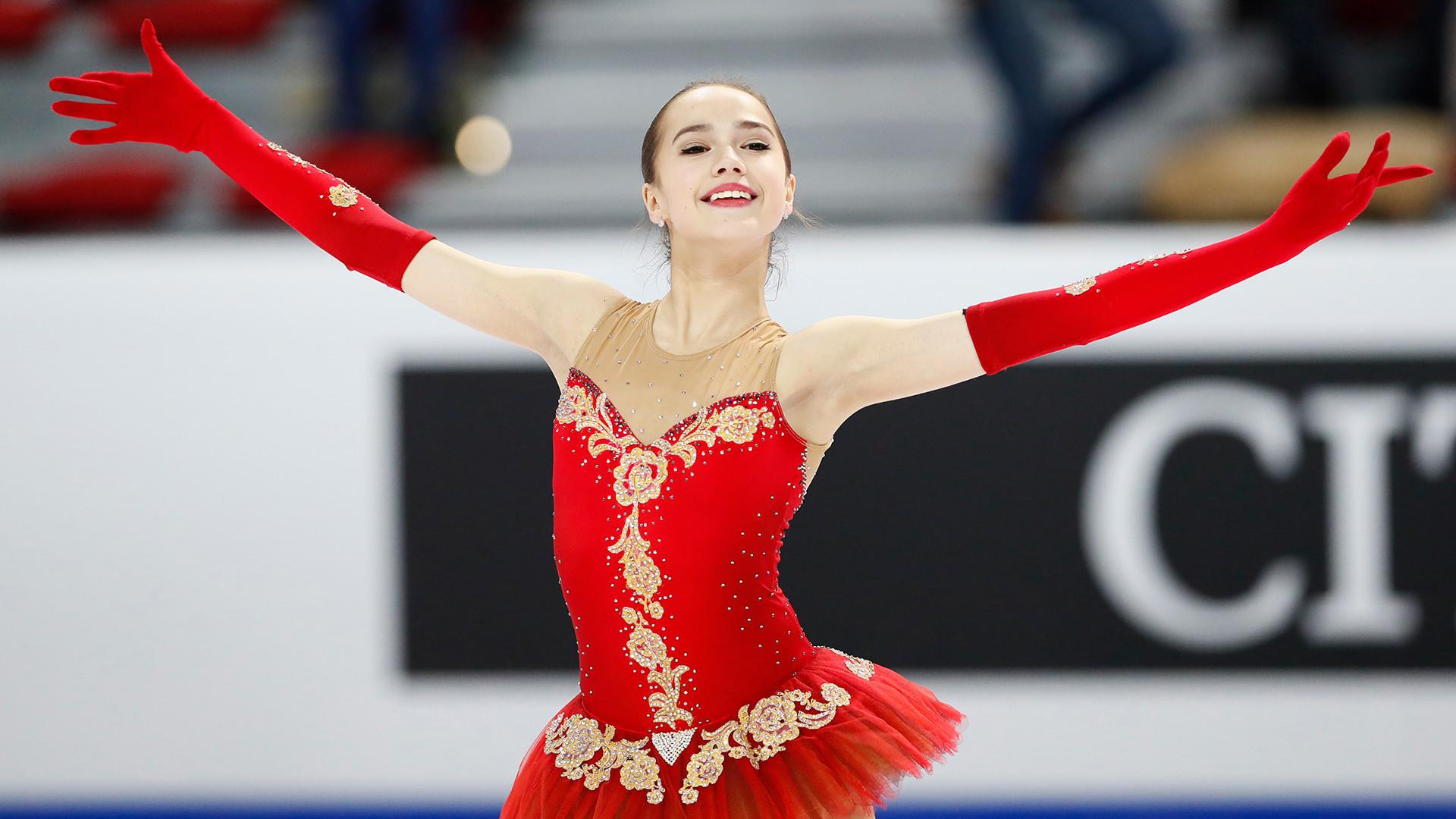 Olympia-Siegerin Alina Sagitowa (15 Jahre)