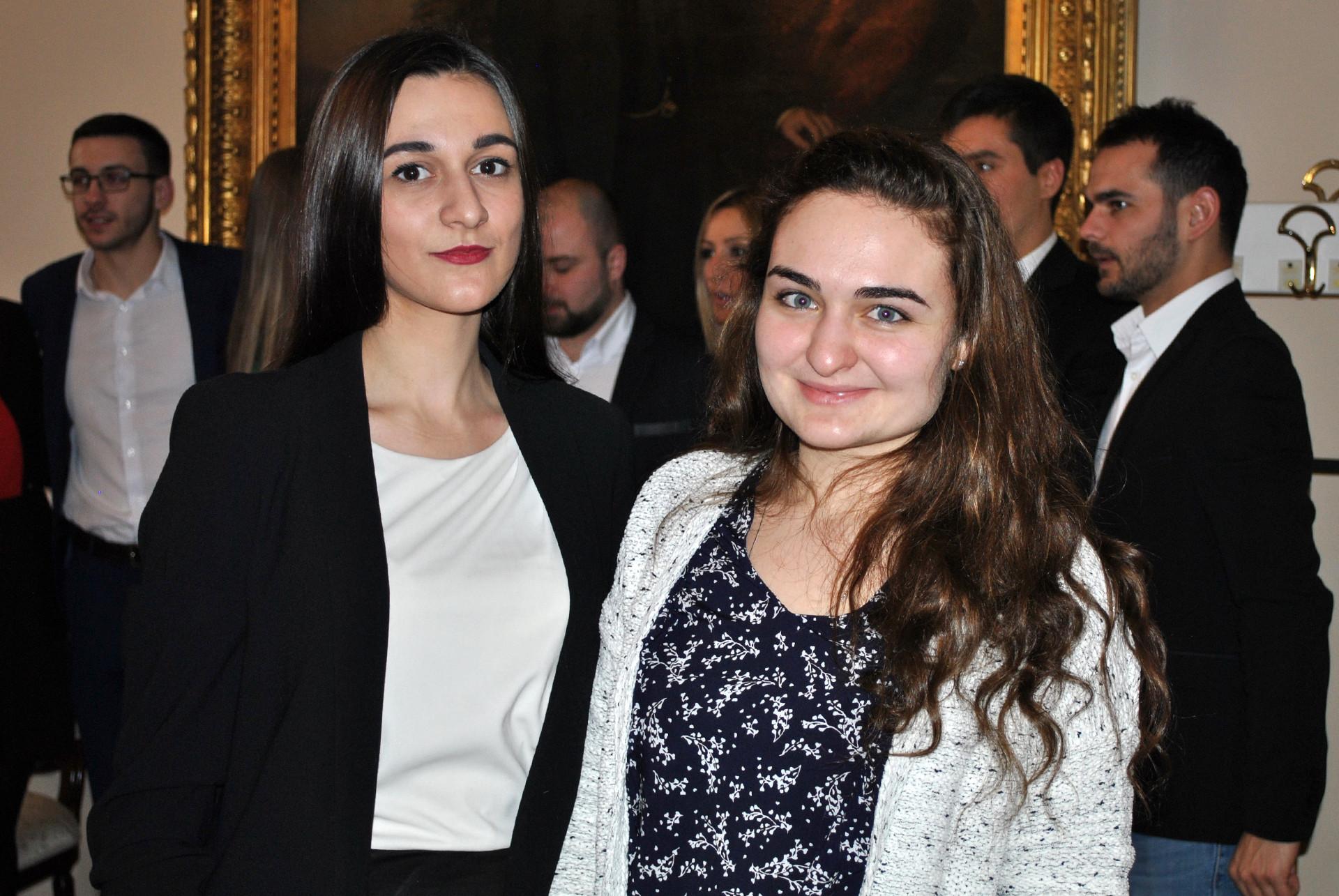 Кристина Денисенко и Уљана Беженар