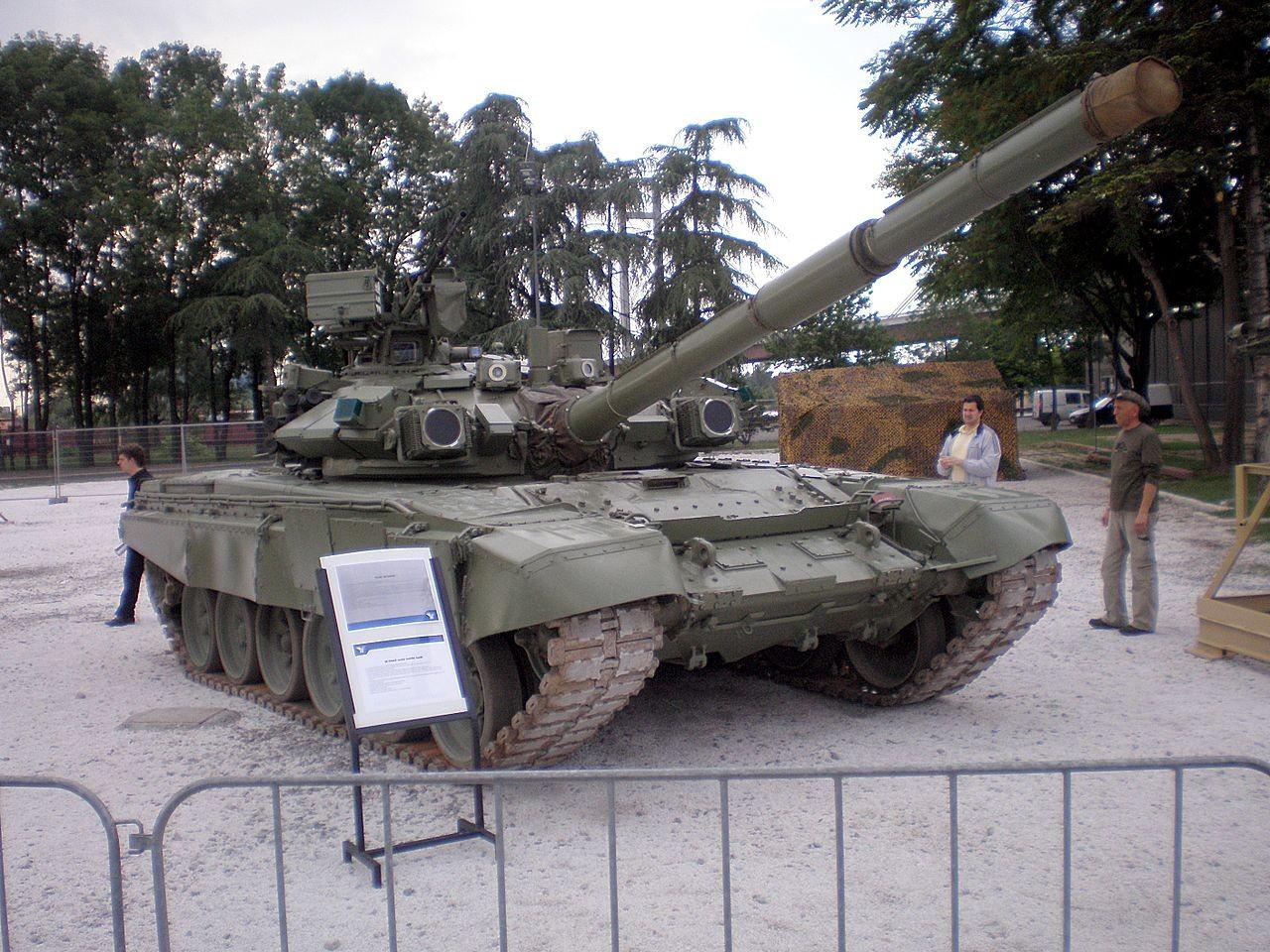 Srbski M-84AS predstavlja eno najnovejših posodobitev.
