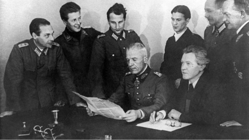 General Walther von Seydlitz-Kurzbach (v sredini)