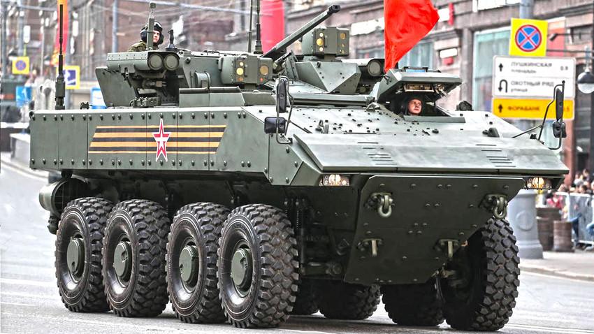 """""""Бумеранг-17"""" (К-17) са безпосадном борбеном куполом """"Бумеранг-СМ"""""""