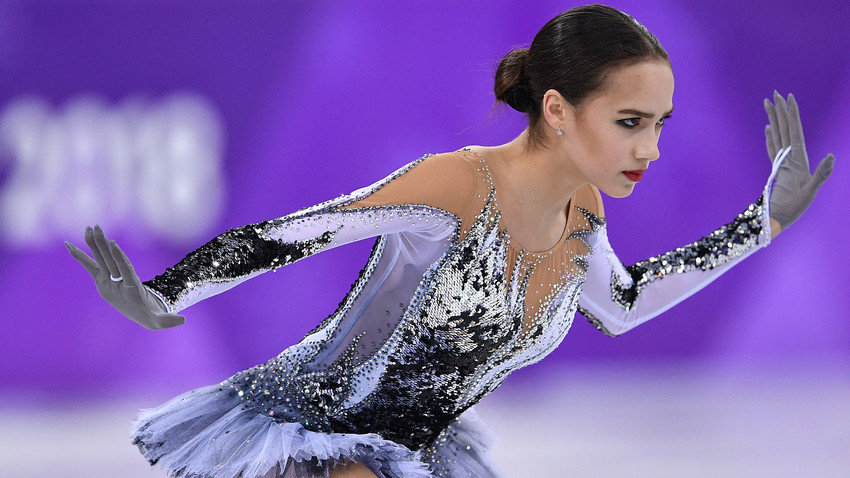 По-рано тази година руската фигуристка Алина Загитова постави нов световен рекорд на Олимпиадата.