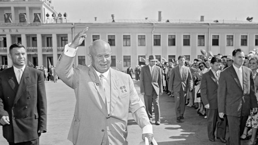 Nikita Hruščov je ločil Krim od Rusije kmalu po prihodu na čelo Sovjetske zveze.