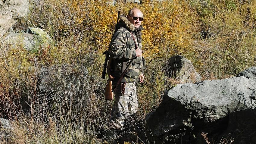 Putin em expedição recente à Reserva Natural Ubsunorskaia Kotlovina