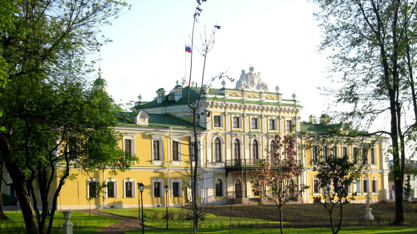 Istana Wisata di Tver (foto diambil tahun 2016).