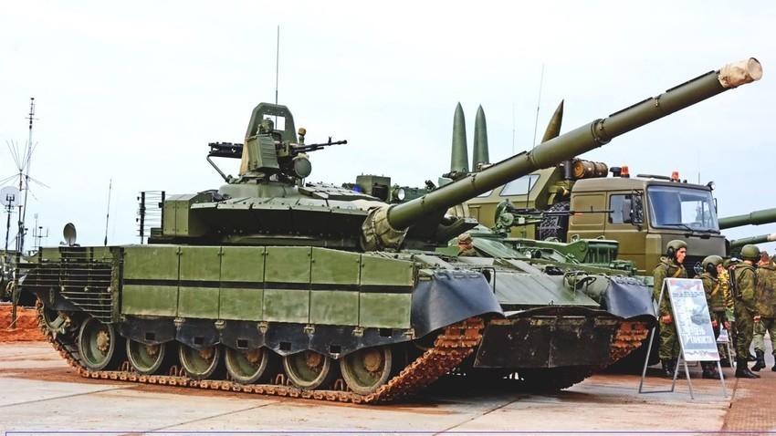 Основниот борбен тенк Т-80БВМ