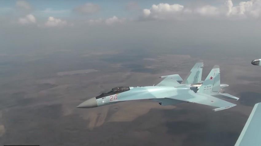 Руски вишенаменски ловац Су-35С.