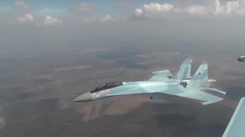Ruski večnamenski lovec Su-35S.