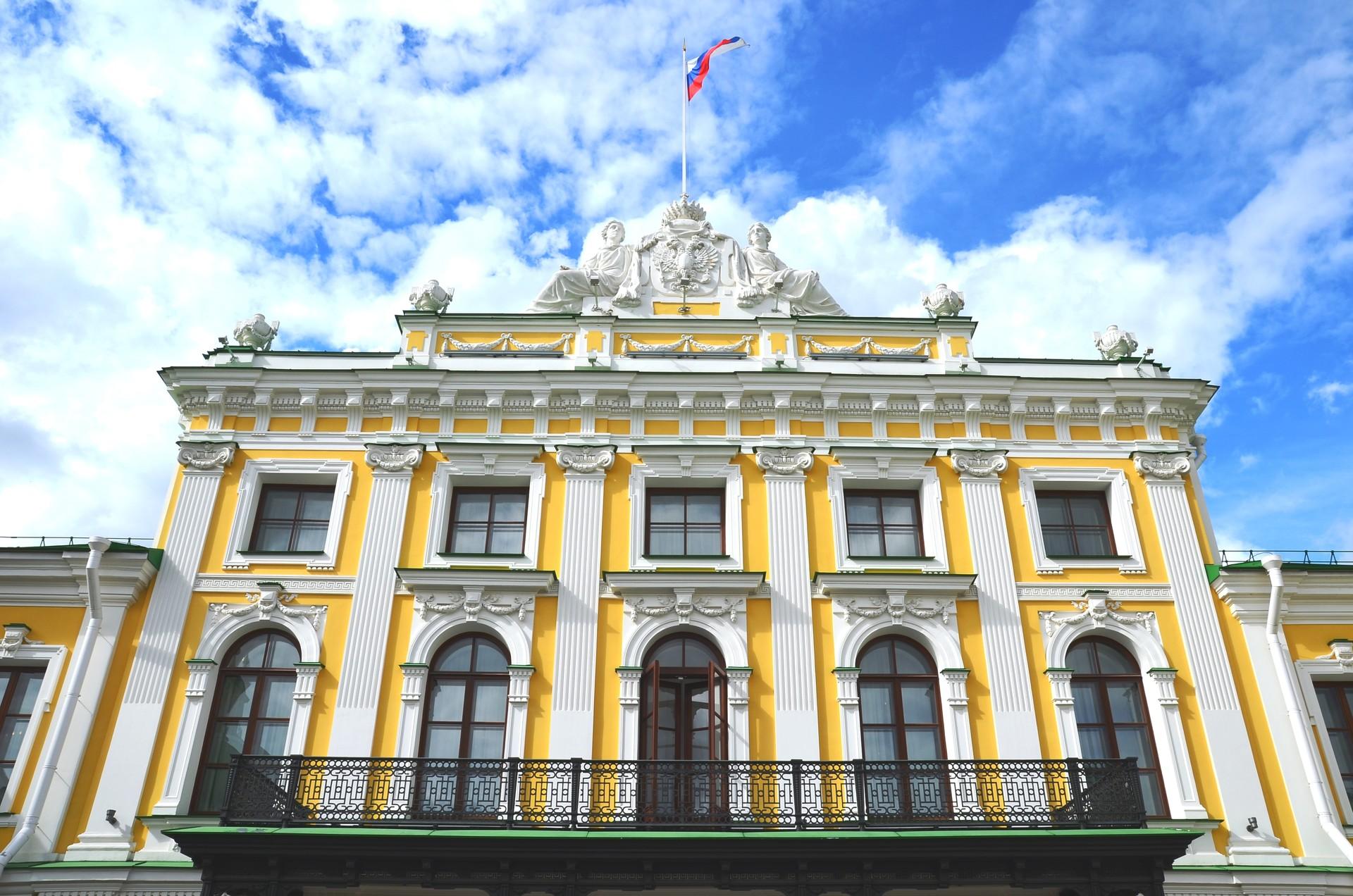 Twer: Der renovierte Zarenpalast Katharina der Großen beherbergt wieder die Twerer Staatliche Gemäldegalerie.