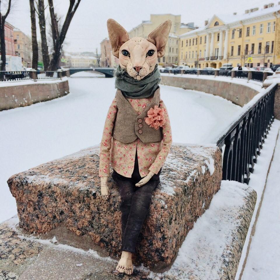 In Alechinas Instagram finden Sie viele witzige Sphynx-Katzen und Beagle-Hunde.