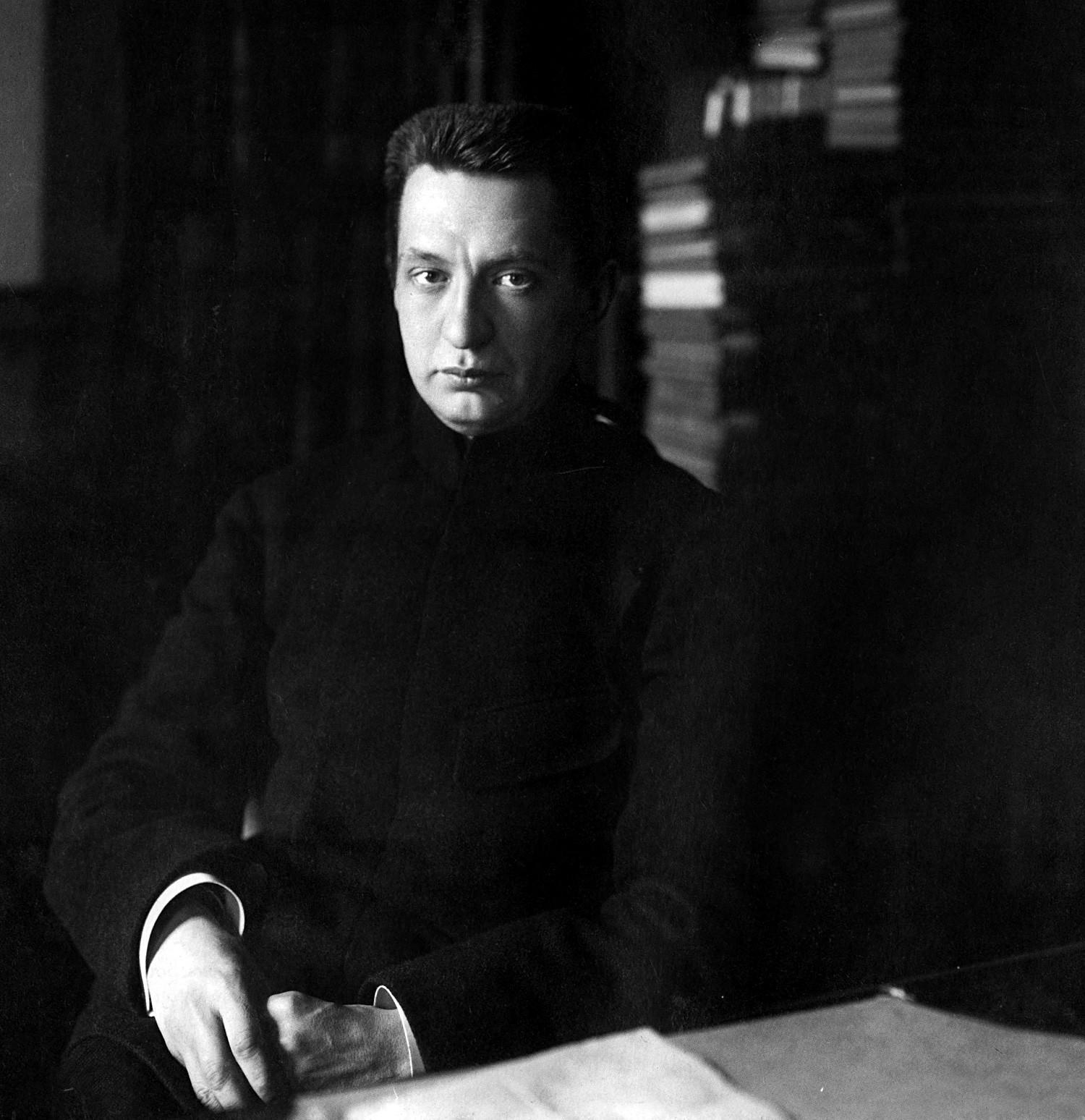 Aleksandr Kerenski, que apoiou as ideias inovadoras de Botchkareva.