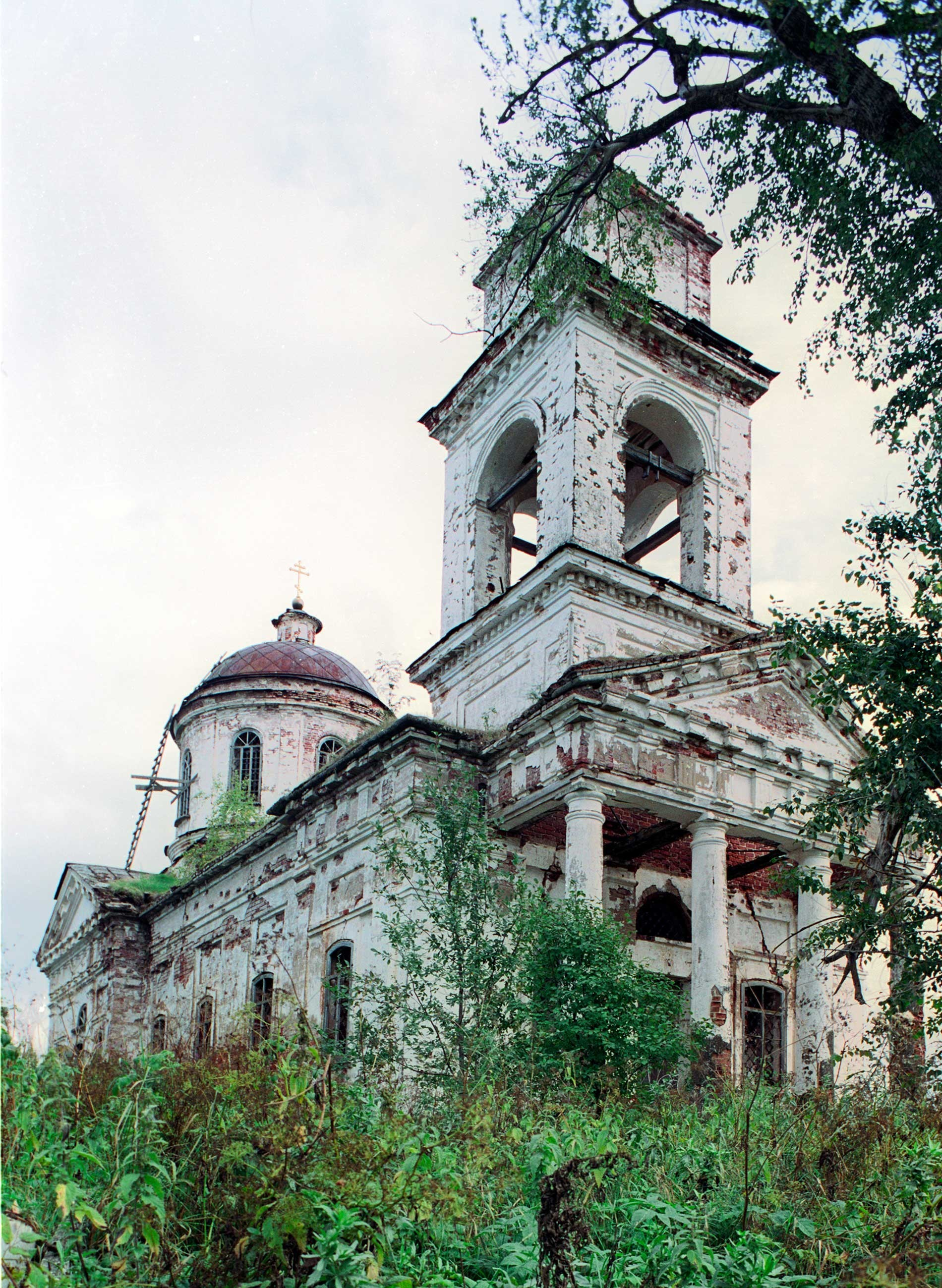 Iglesia de Icono del Signo, vista noroeste. 28 de agosto de 2006.