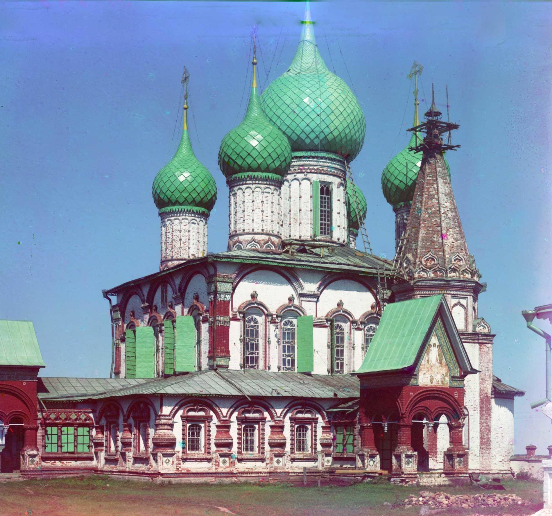 Iglesia de San Juan Crisóstomo. Vista suroeste. Veranos de 1911.