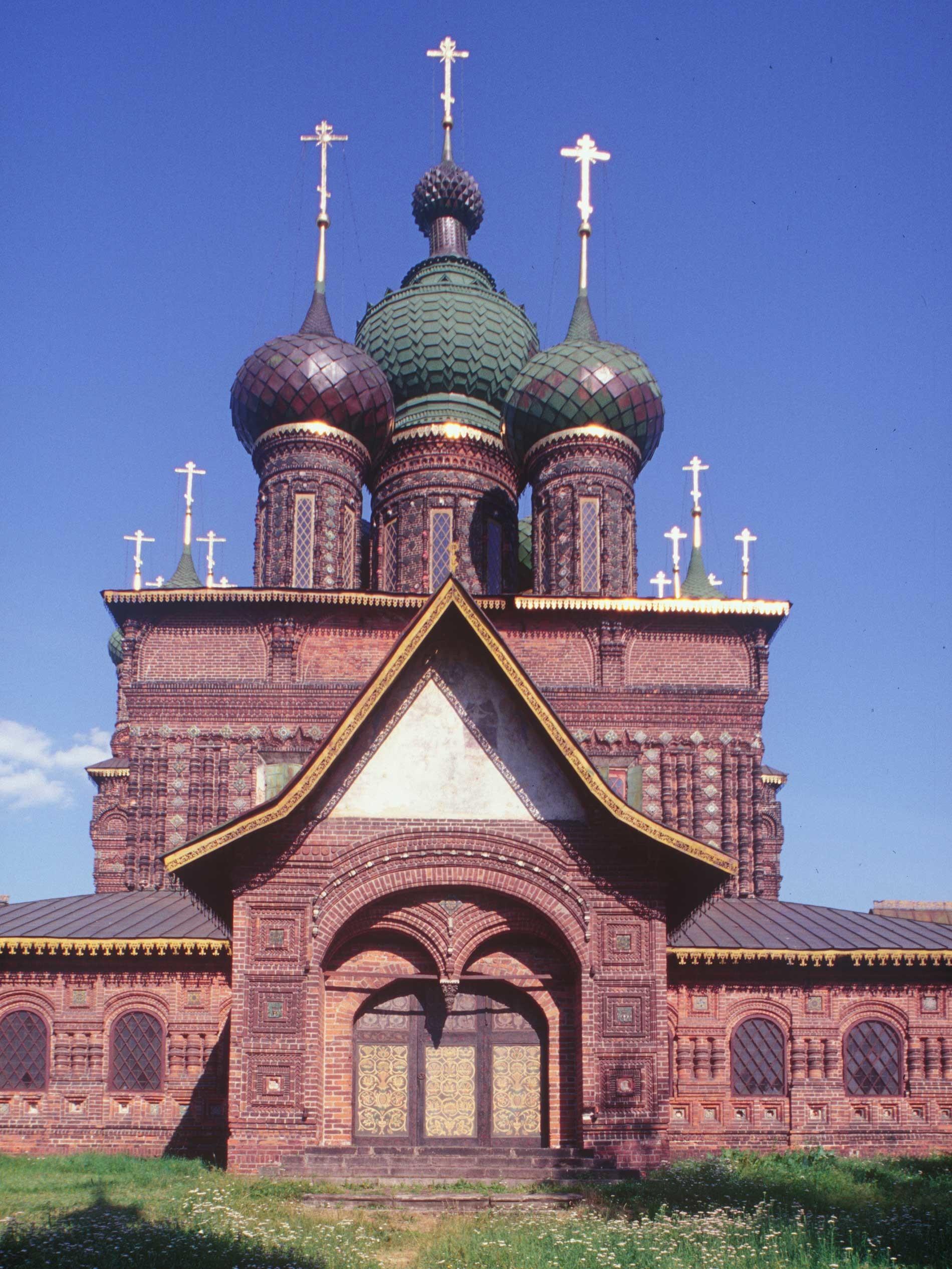 Iglesia de la Decapitación de Juan Bautista. Vista oeste. 24 de julio de 1997.