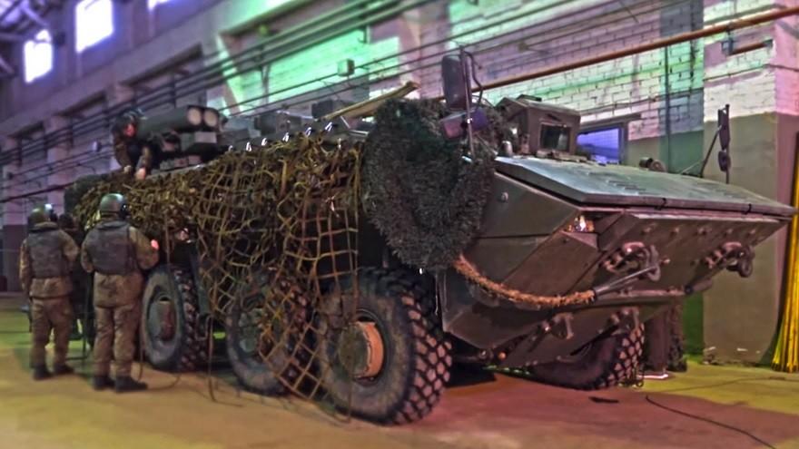 K-17 s spakiranim tovorom na bočnih straneh