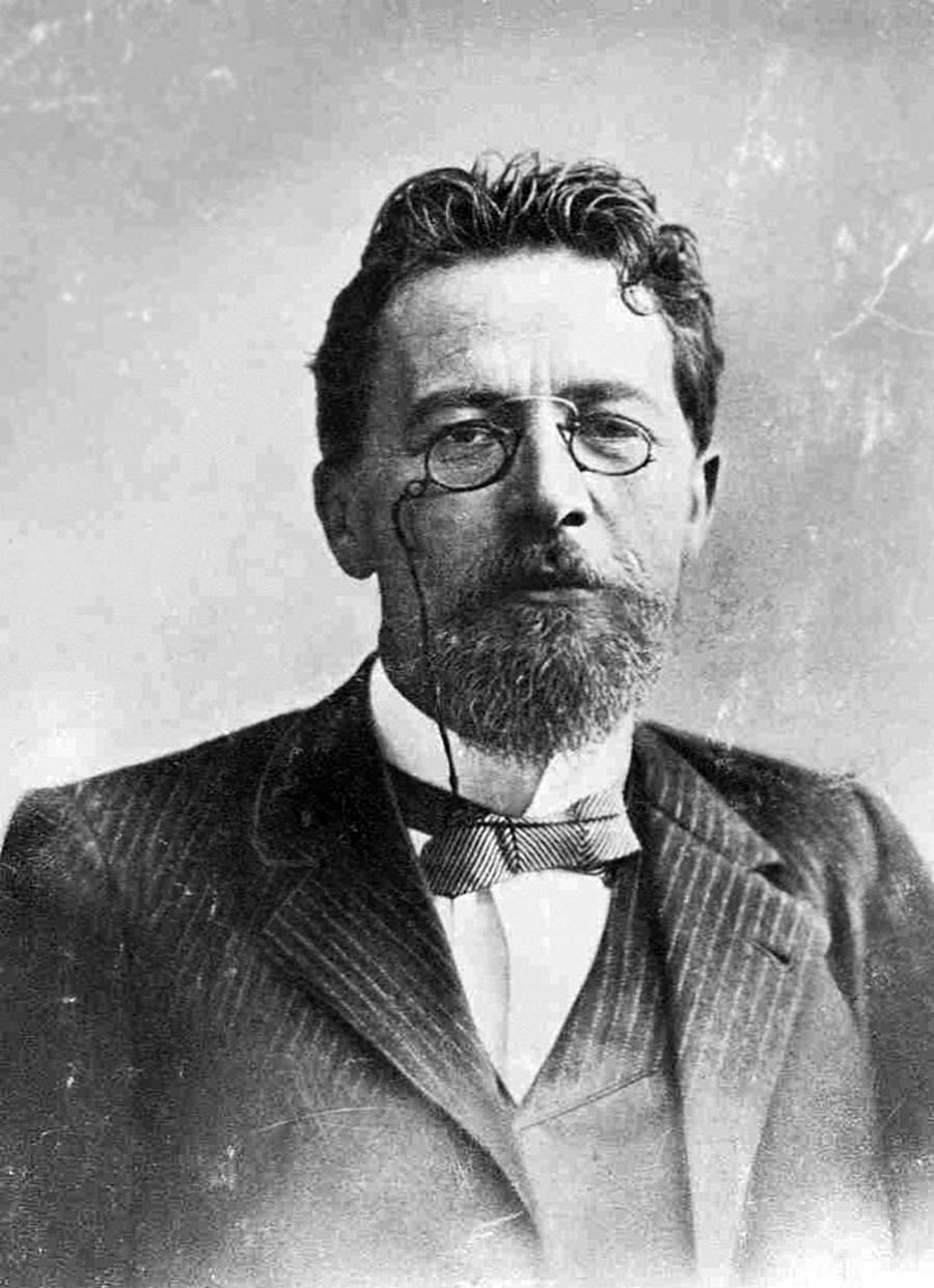 Além de escritor, Tchékhov era médico e levava a vida com bastante bom humor.