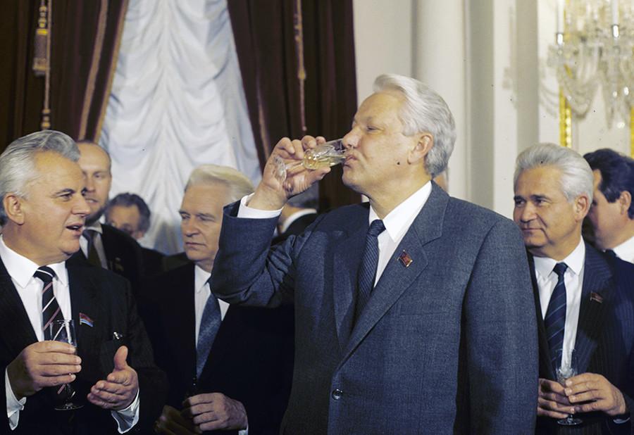 Alcolismo di Aleksandra Sviyasha - Kubyaka che cifra da alcool