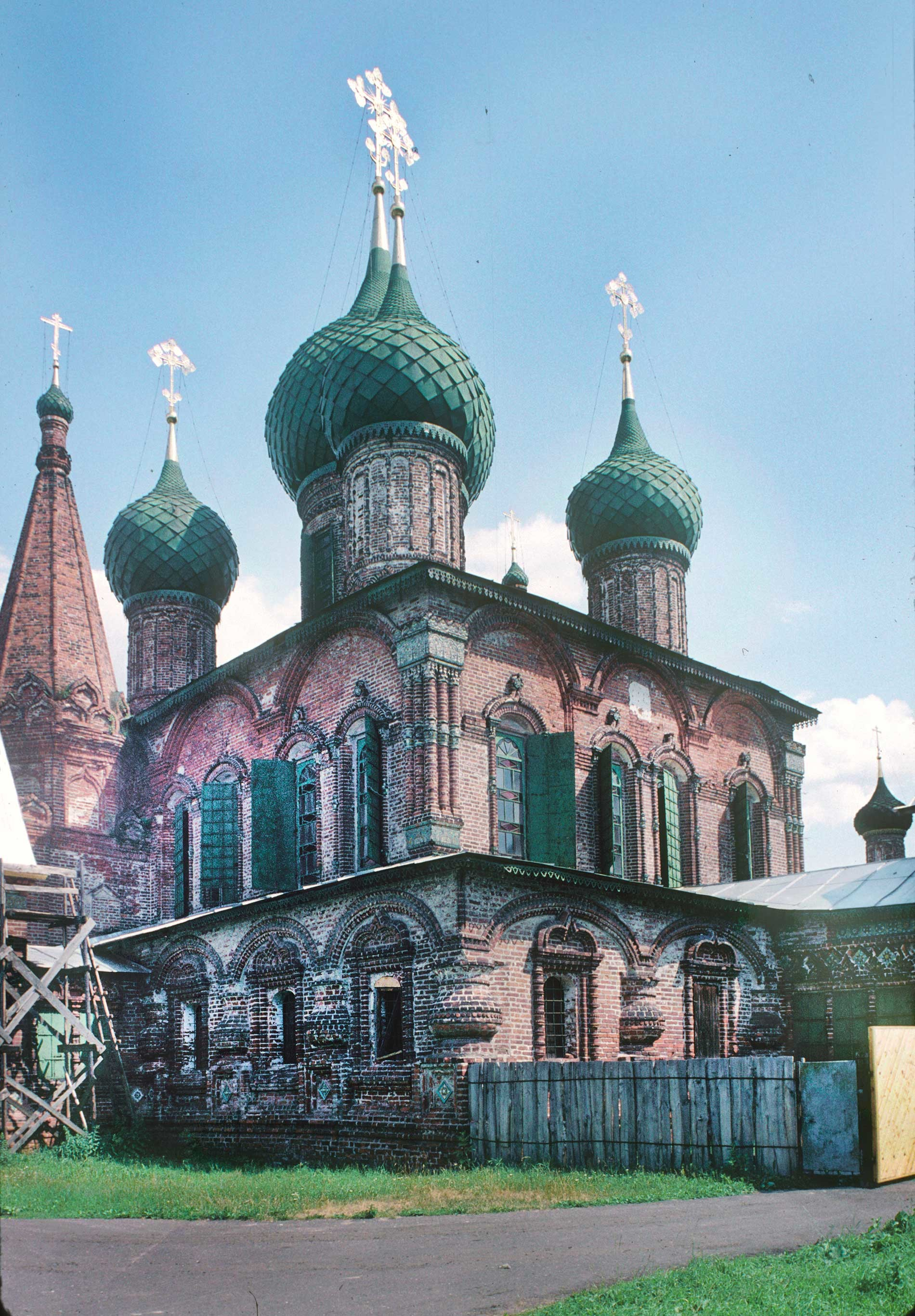 Church of St. John Chrysostom at Korovniki. Northwest view. North wall (left) with frescoes on the interior.  June 29, 1995.