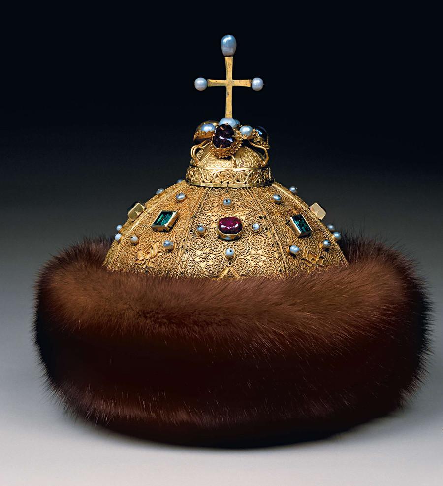 A coroa de Monomakh, no Kremlin de Moscou.