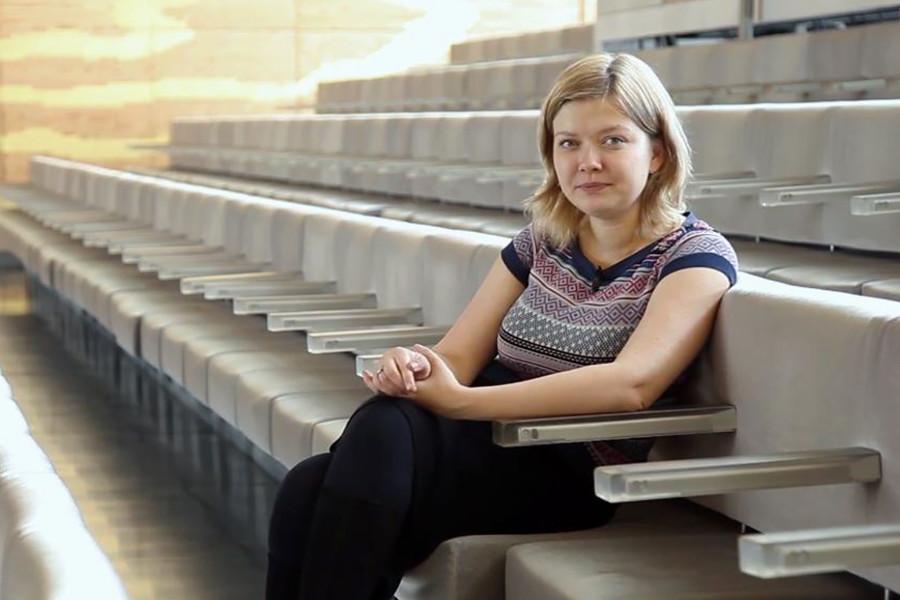Alina Ibragimova.