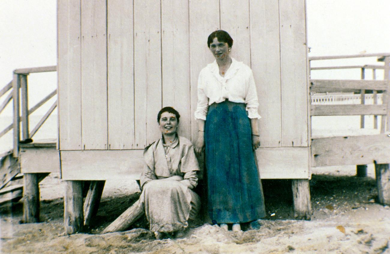 Margarita Khitrovo dan Olga.