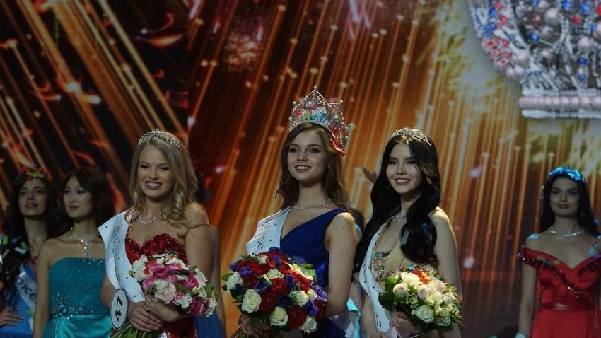 """Натпреварот во убавина """"Мис на Русија 2018"""" во Луксузното село Барвиха"""