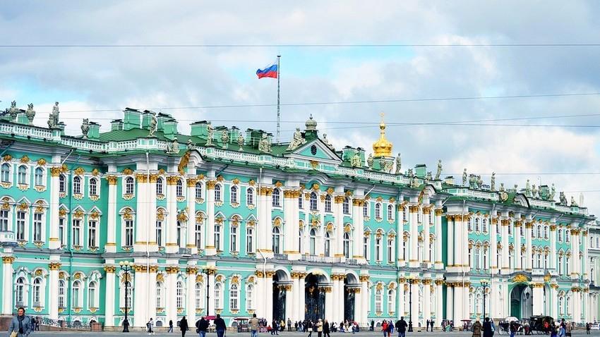 Ermitaž, ena od najbolj znanih kulturno-zgodovinskih ustanov v Rusiji