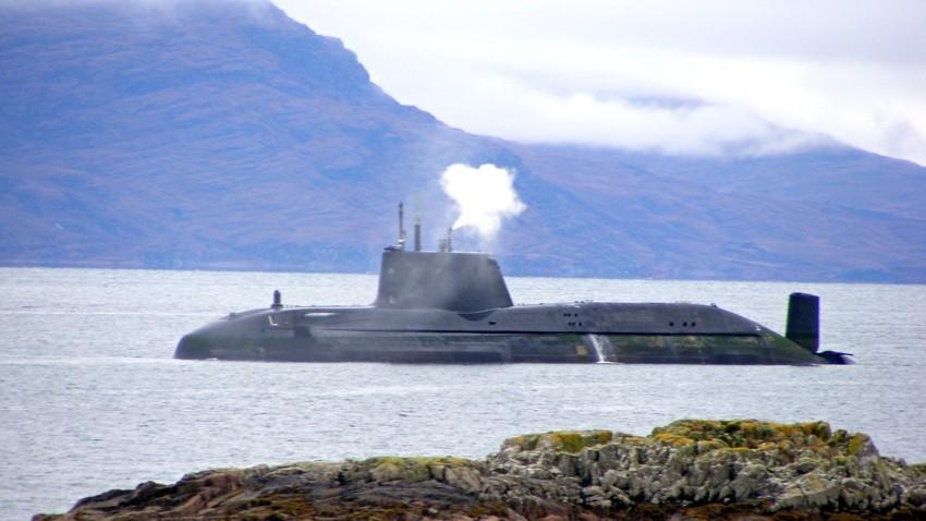 Британска Astute подморница