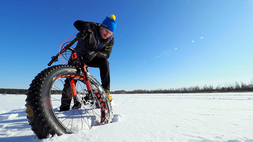 Viajante russo iniciou sua jornada a 10 km do Polo Norte