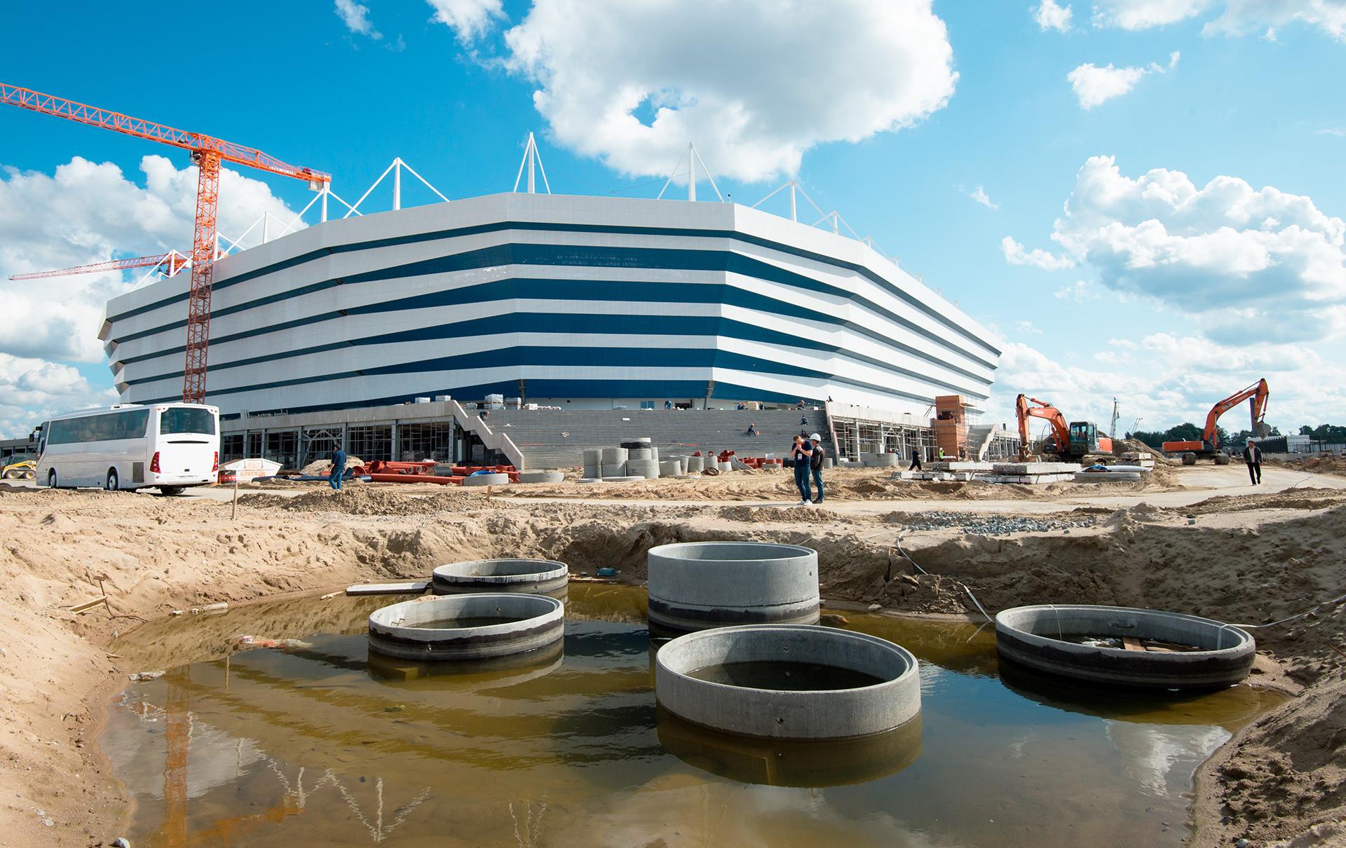 Stadion di atas Pulau Oktyabrsky di Kaliningrad.