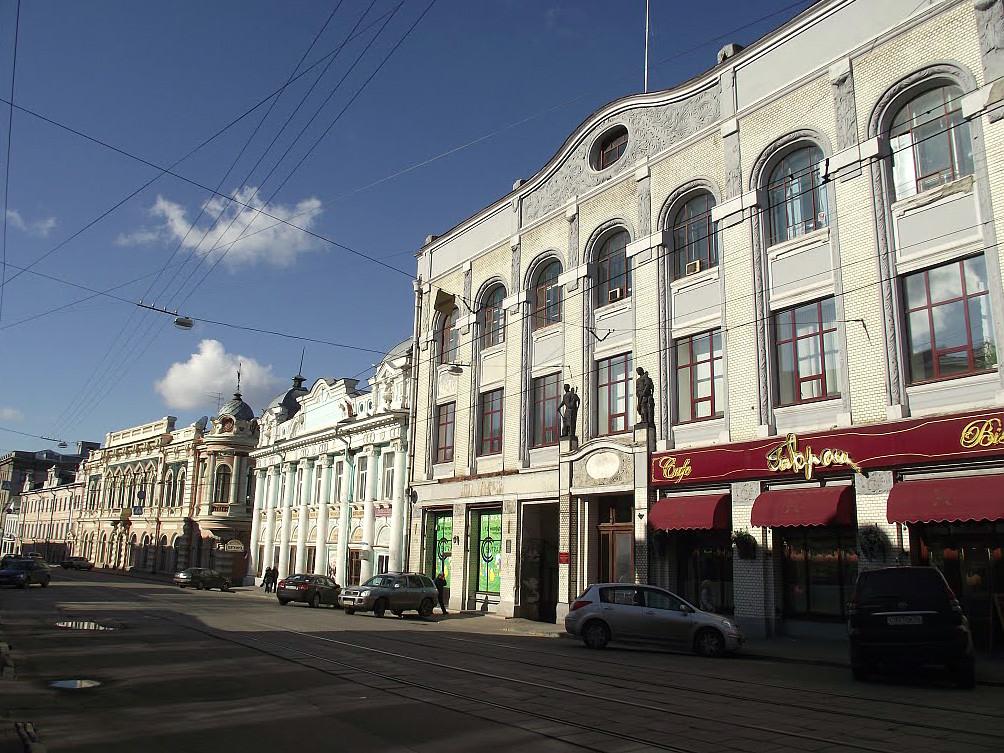 Rukavishnikov's Commercial Building, 23 Rozhdestvenskaya Street