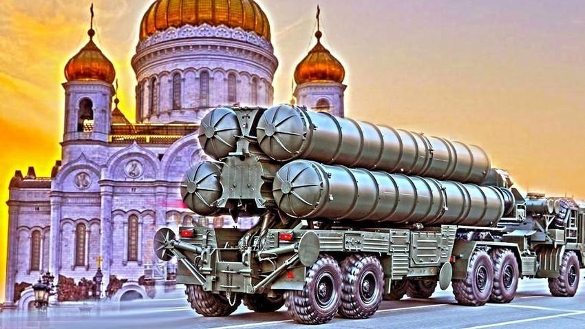 Транспортна единица от ЗРК С-400