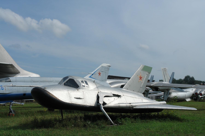 """Prototipo del avión espacial, el MiG 105-11 """"Spiral"""", en el Museo Central de las Fuerzas Aéreas en Mónino."""