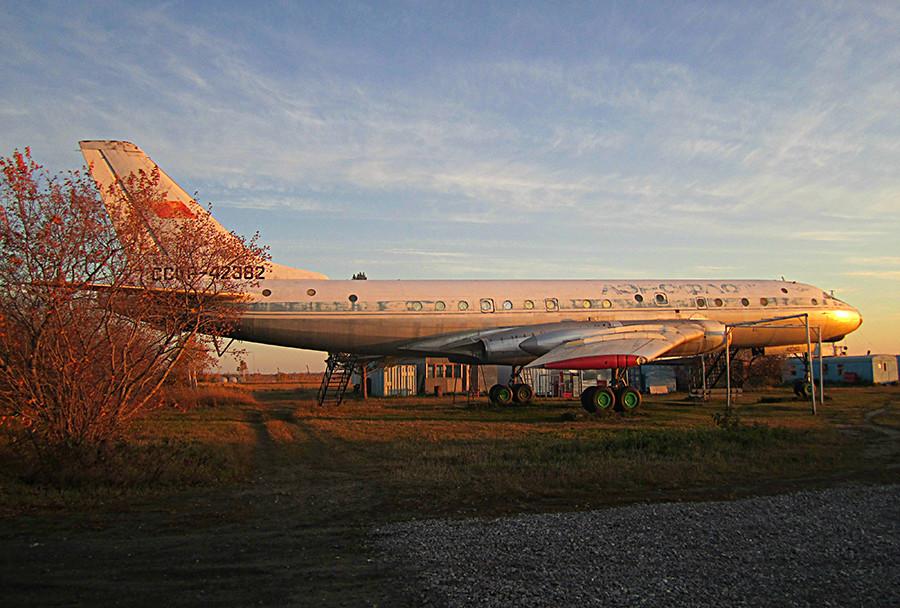 OTu-104A em Berdsk. Foto de 2010.