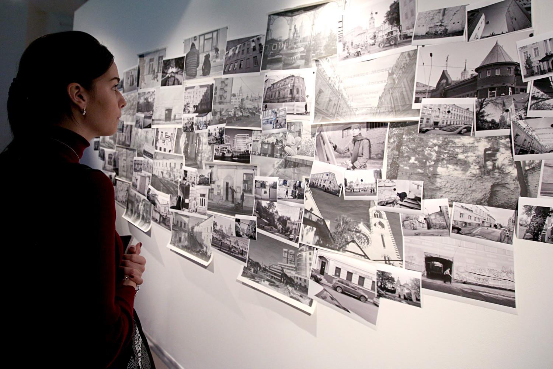 Fotos antigas de arquivo no Centro Guiliaróvski.