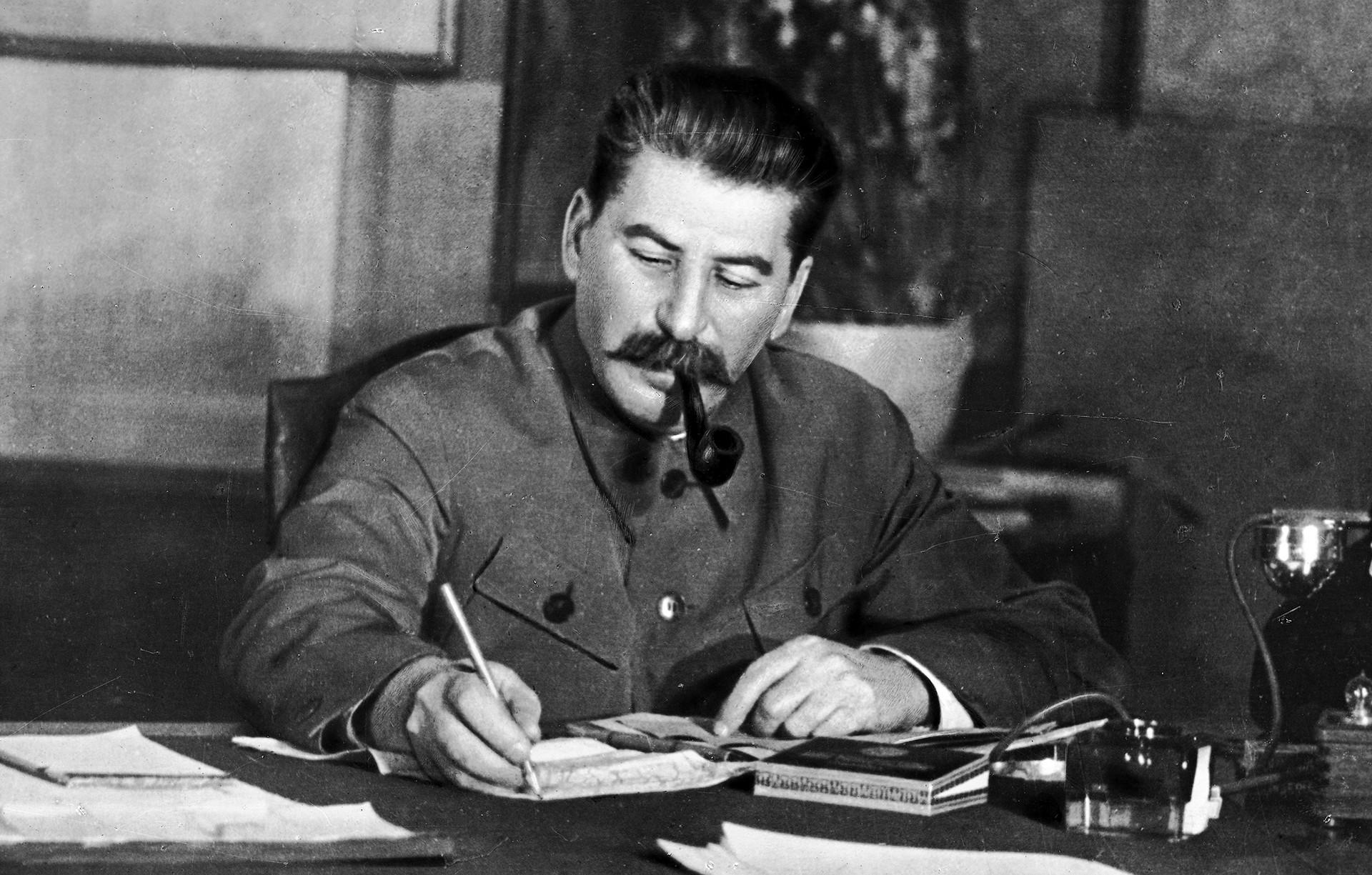 Wells se acercó a Stalin con ciertas sospechas y prejuicios.
