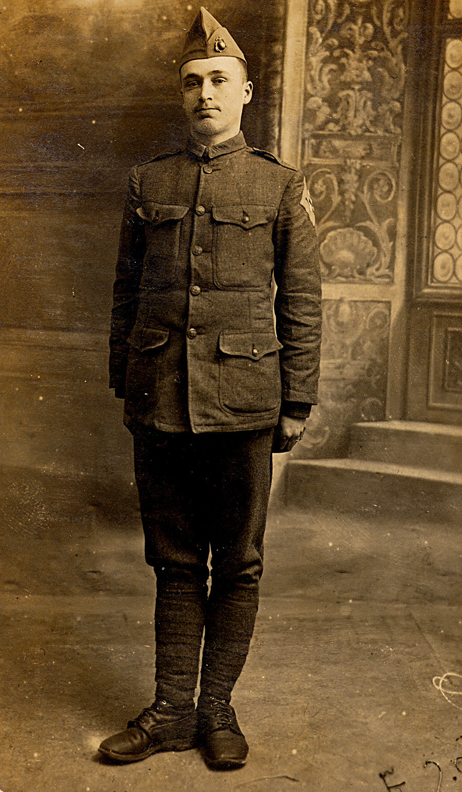 Brumfield's father in Aix-les-Bains, France, 1918