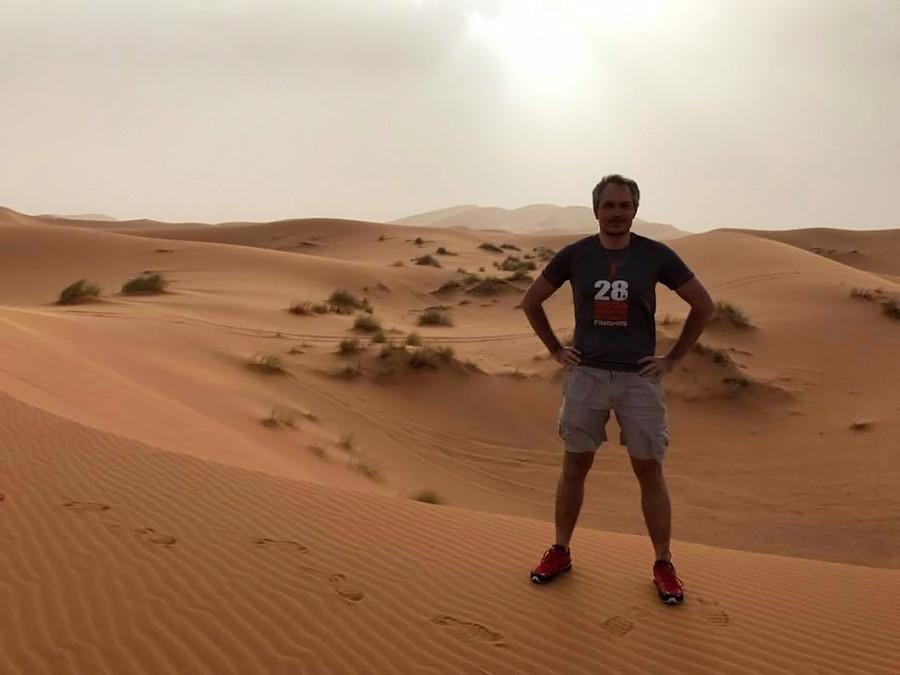 Dmitri durante el Maratón des Sables en Sáhara.