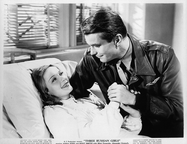 """Кент Смит и Ана Стен у филму """"Три Рускиње"""", 1943."""