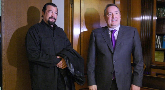 Стивен Сигал и Дмитриј Рогозин.