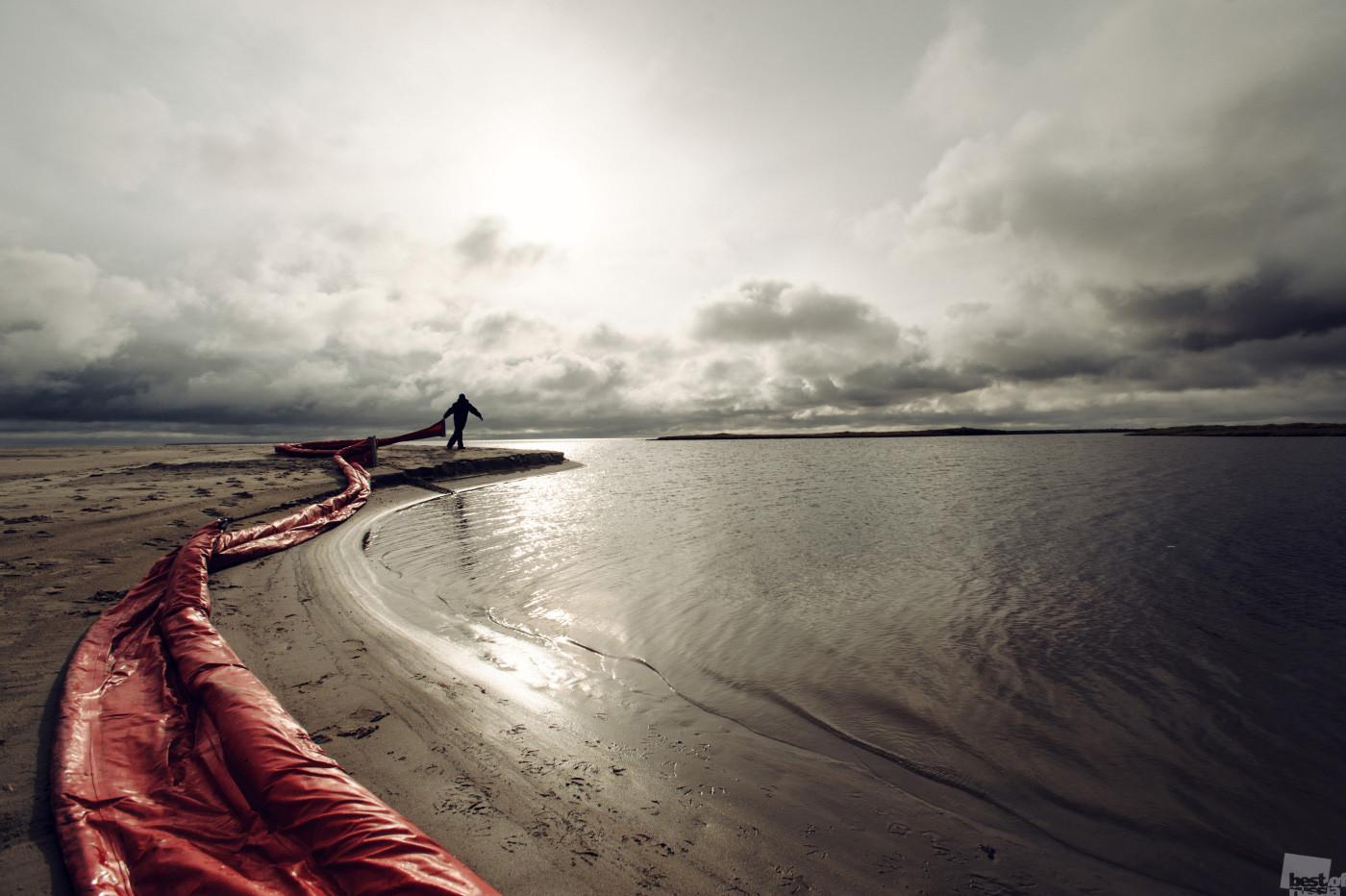 Saniranje posledic izliva nafte v reko Ob (vaja), Jamalo-Nenecki avtonomni okraj.