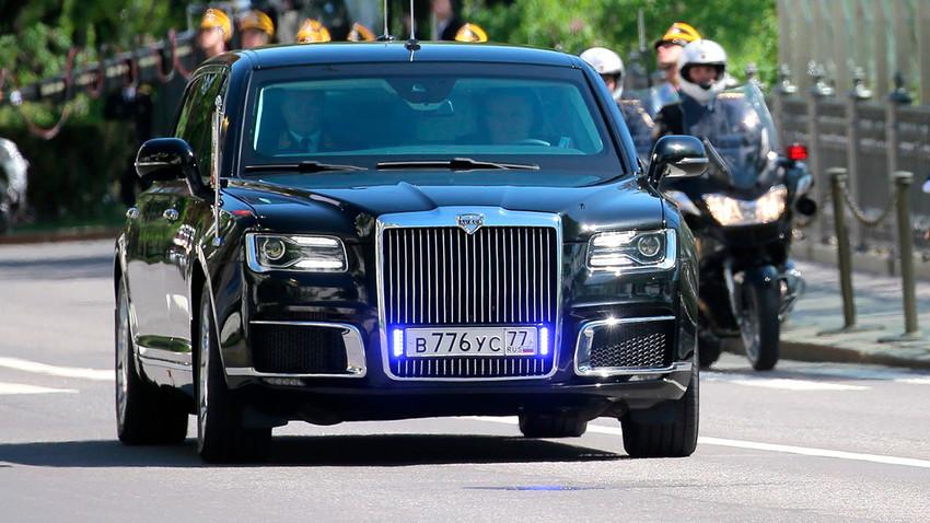 Première apparition de la nouvelle limousine présidentielle russe